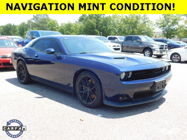Pre-Owned 2016 Dodge Challenger none