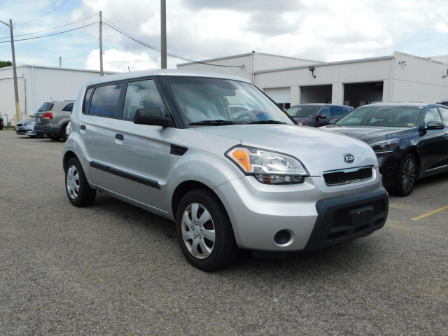 Pre-Owned 2010 Kia Soul Base